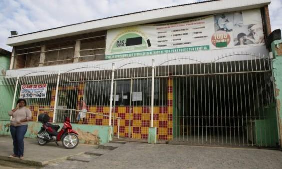Centro social da candidata Fatinha, candidata pelo Solidariedade: no local são oferecidos exames gratuitos e assistência jurídica - Marcos Tristão / Agência O Globo