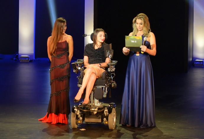 Lais Souza foi homenageada na cerimônia do Prêmio Brasil Olímpico (Foto: André Durão / Globoesporte.com)