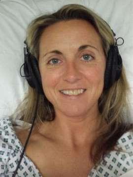 Após a cirurgia, Laura começou a voltar à sua cor natural (Foto: Arquivo Pessoal)