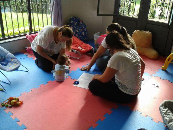 """Alunos do Curso de Fisioterapia realizam atividade no Abrigo """"Casa da Benção"""" – USF"""