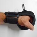 Luva Adaptada para auxiliar na função das mãos